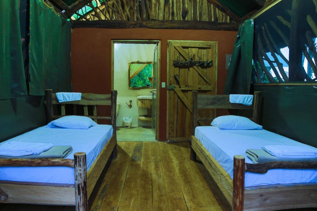 La Tigra Rainforest Lodge Image 21