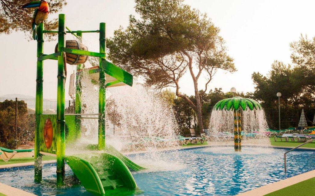Bless Hotel Ibiza Image 36