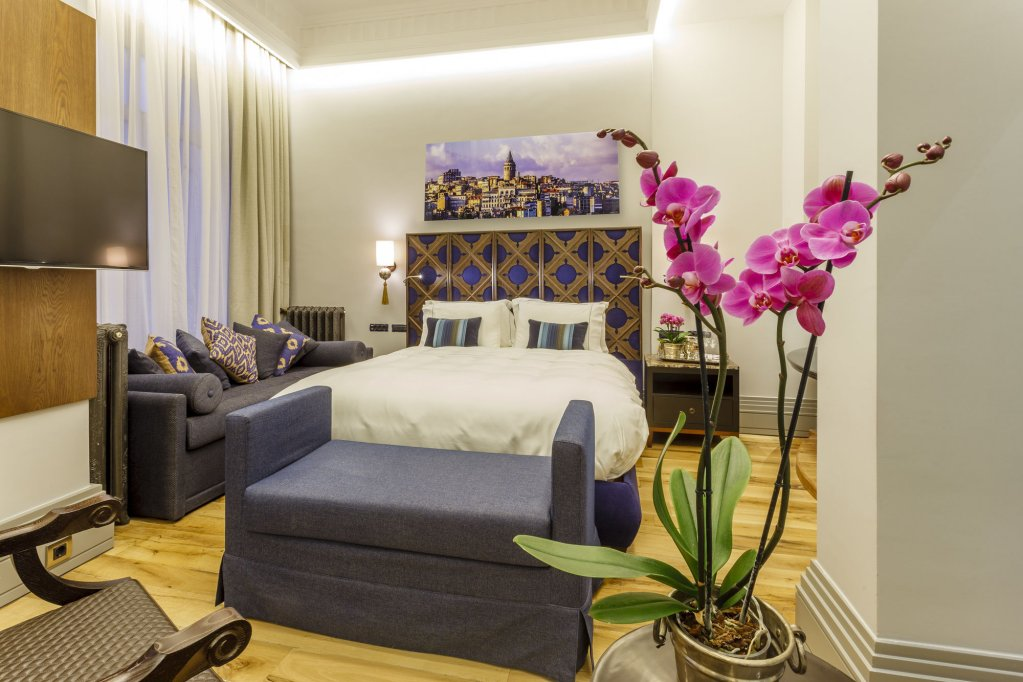 Ravouna 1906 Suites - Special Class, Adults Only Image 16