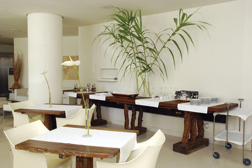 El Hotel Pacha – Includes Entrance To Pacha Club Image 27