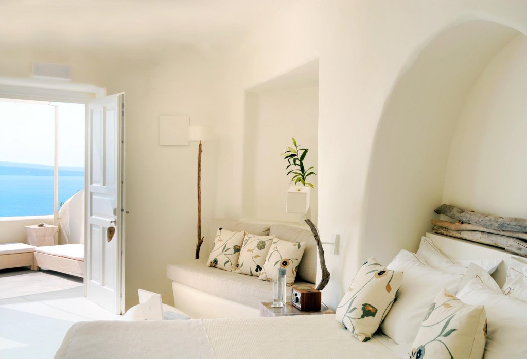 Mystique, A Luxury Collection Hotel, Santorini Image 0