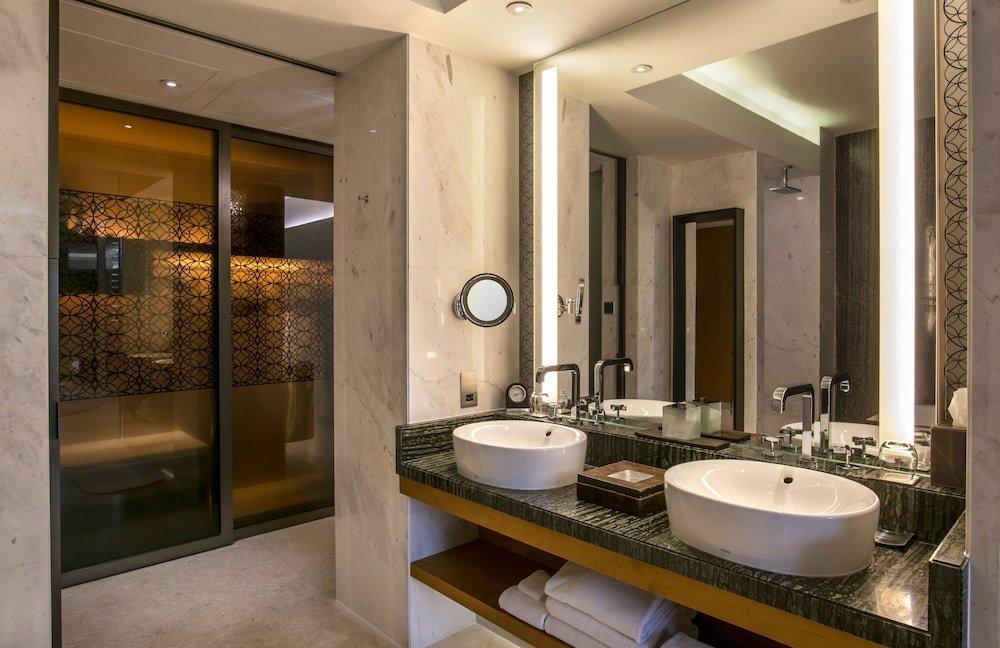 Park Hyatt Abu Dhabi Hotel & Villas Image 2