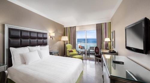 Hilton Alexandria Corniche Image 37