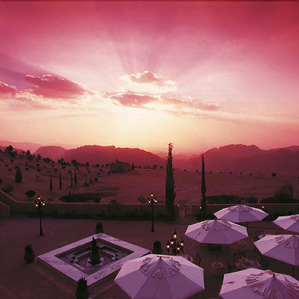 Movenpick Nabatean Castle Hotel, Petra Image 12