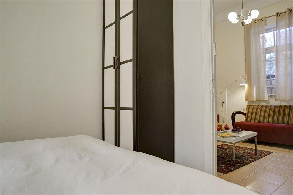 Neve Tzedek Original Style Apartments Image 30