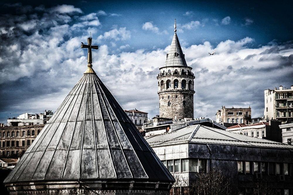 Sub Karaköy, Istanbul Image 28