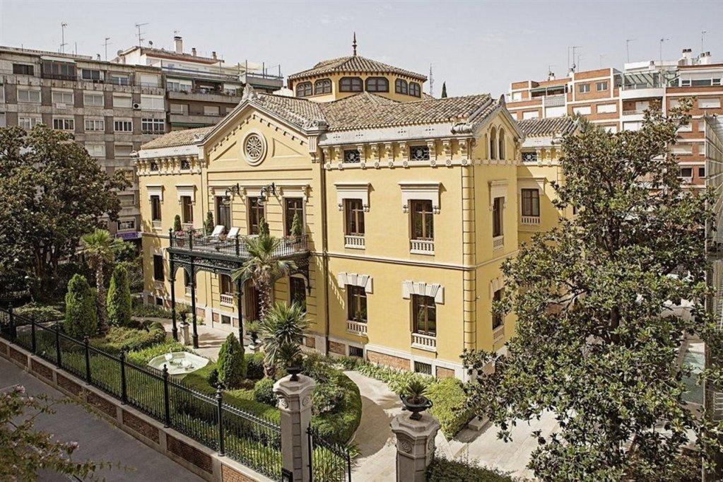 Hotel Hospes Palacio De Los Patos Image 31