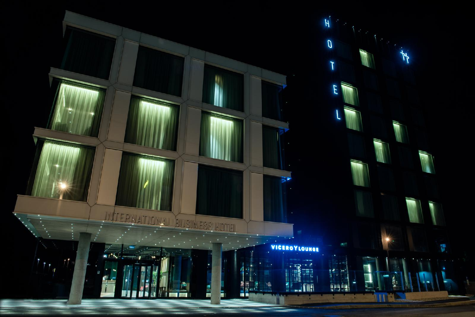 International Business Hotel Image 8