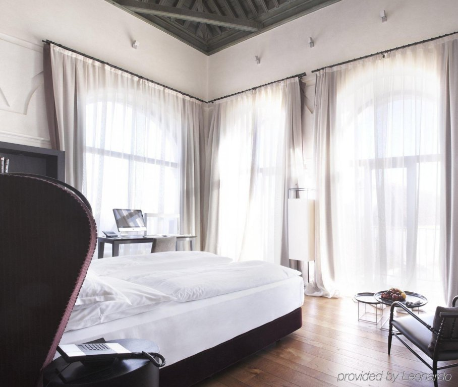 Hotel Palacio De Villapanes, Seville Image 25