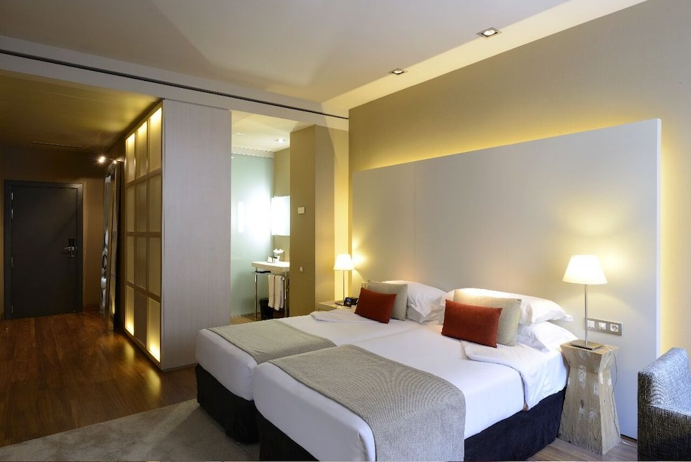 Grand Hotel Central, Barcelona Image 46