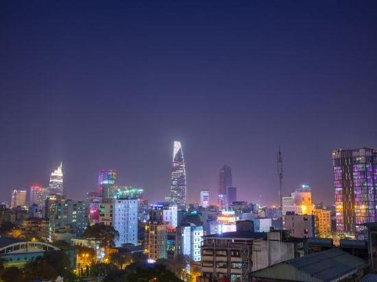 Fusion Suites Saigon  Image 20