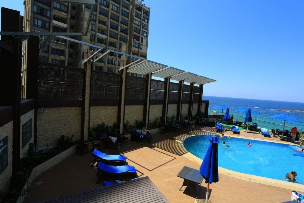 Hilton Alexandria Corniche Image 19
