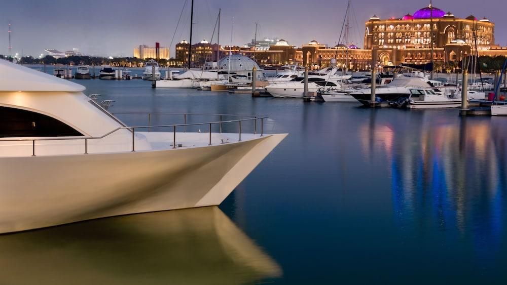 Emirates Palace Abu Dhabi Image 13