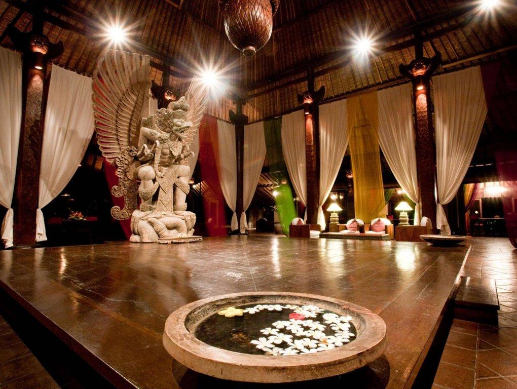 Tugu Bali Image 9