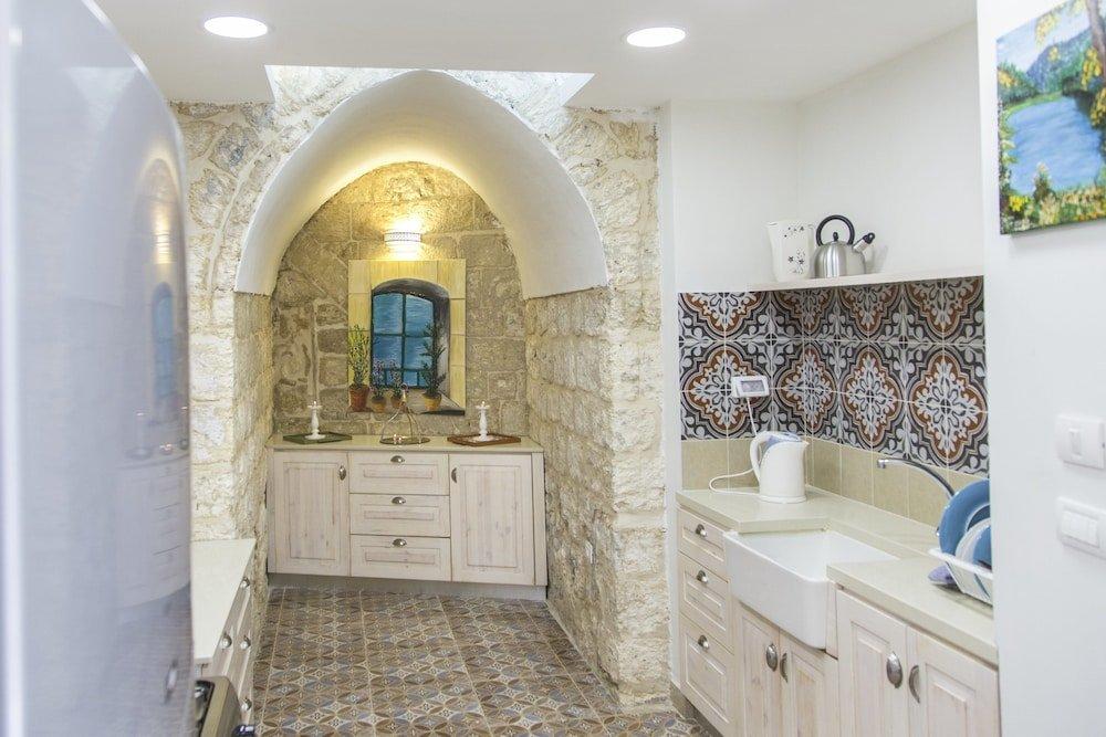 Alexandra House, Nazareth Image 1