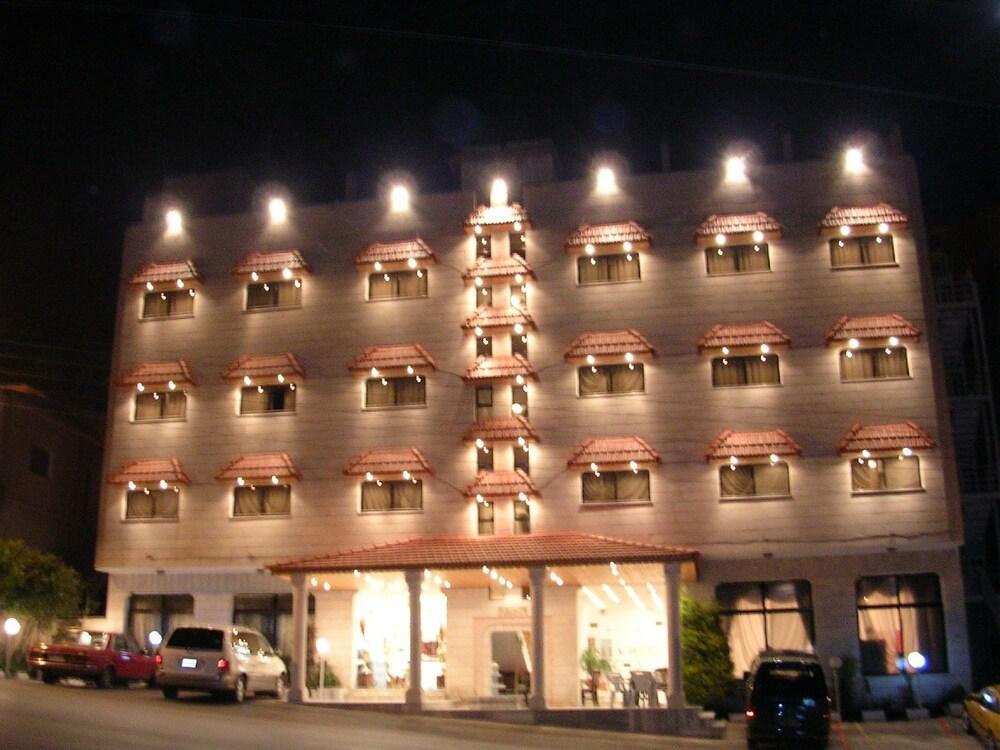 Petra Sella Hotel Image 0