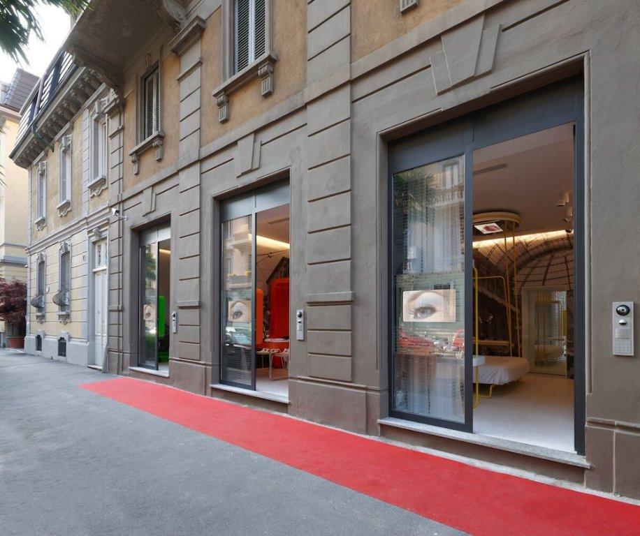 Townhouse 33, Milan Image 18