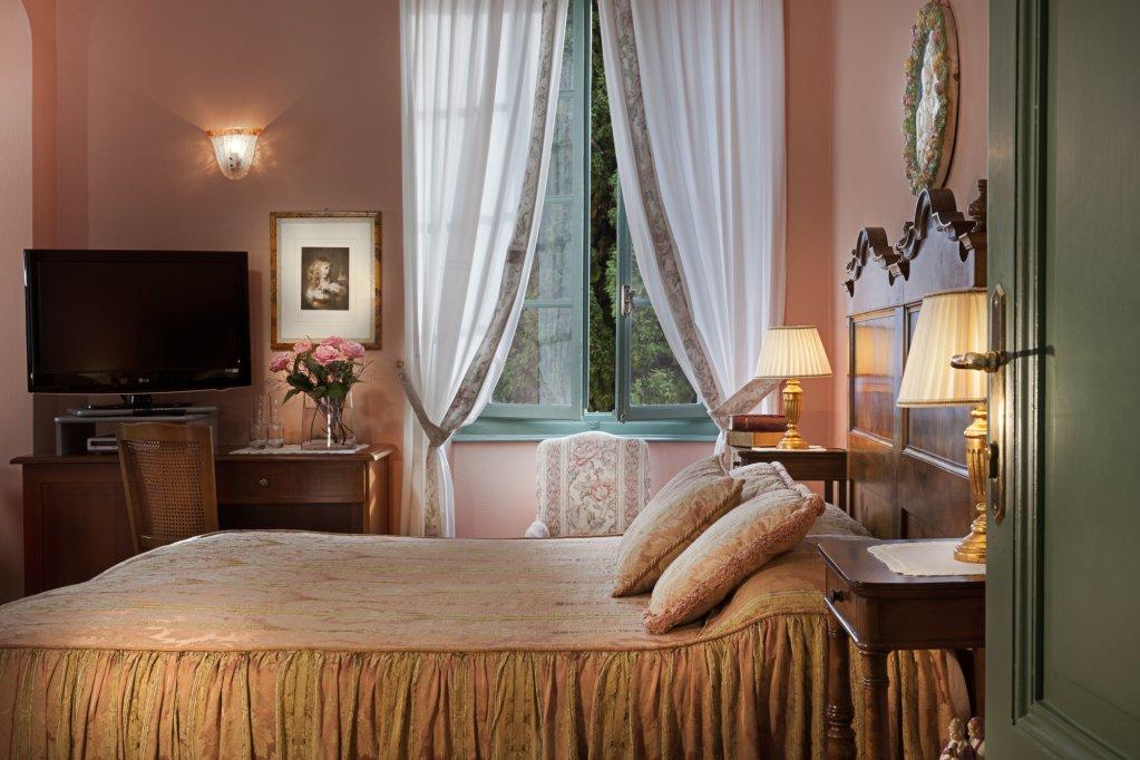 Boutique Hotel Villa Sostaga, Gargnano, Lake Garda Image 8