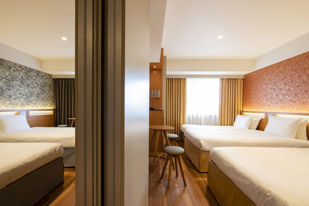 Karaksa Hotel Grande Shin-osaka Tower Image 2