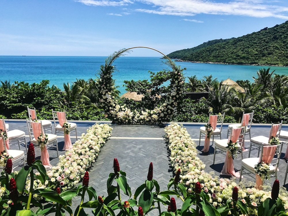 Intercontinental Da Nang Sun Peninsula Resort Image 42
