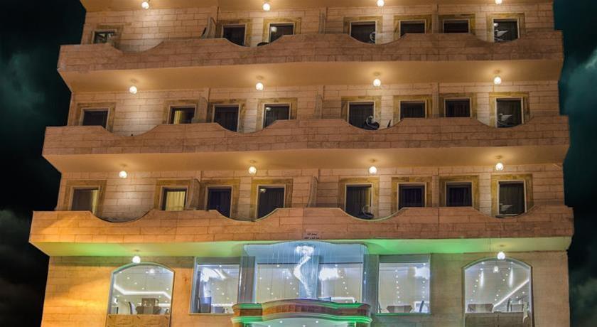 P Quattro Relax Hotel, Petra Image 4
