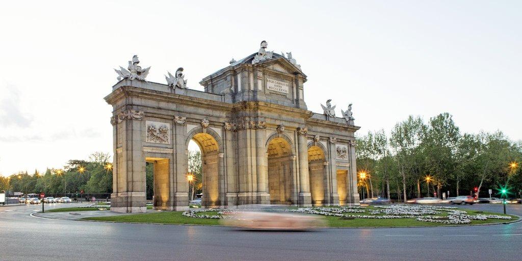 Hotel Hospes Puerta De Alcalá Image 5