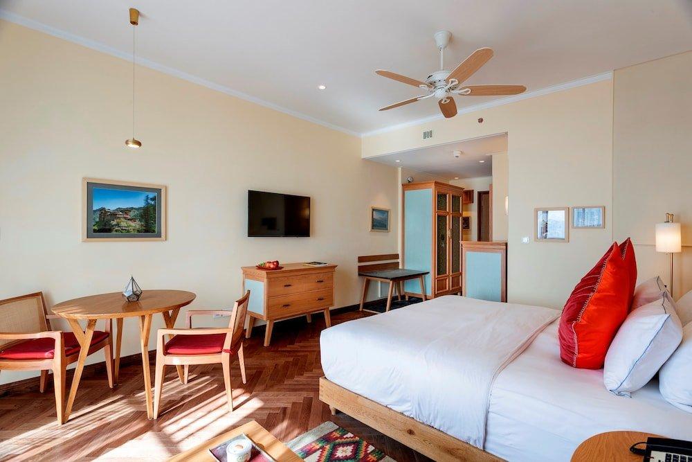 Taj Theog Resort & Spa Image 9