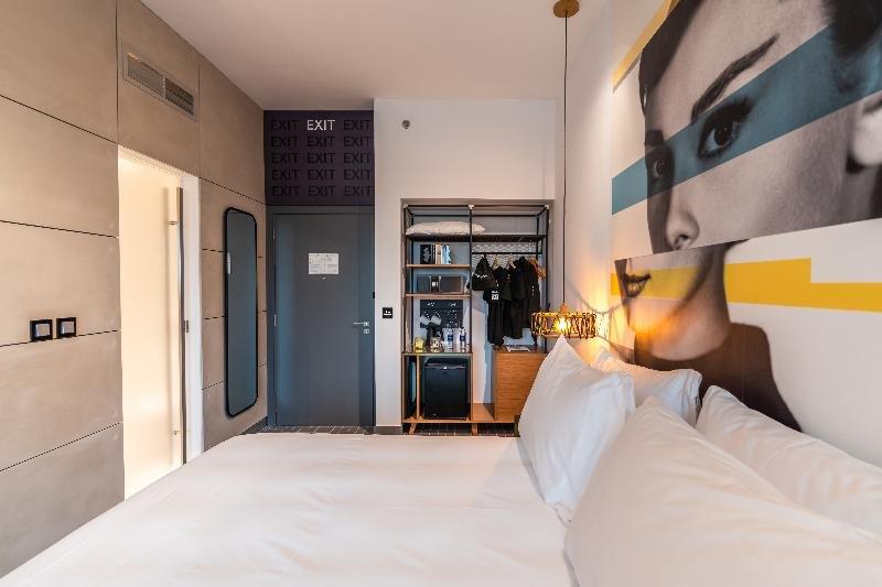 Studio One Hotel, Dubai Image 19
