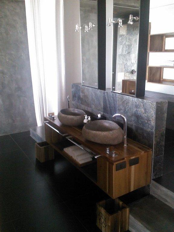 Kura Design Villas Image 31