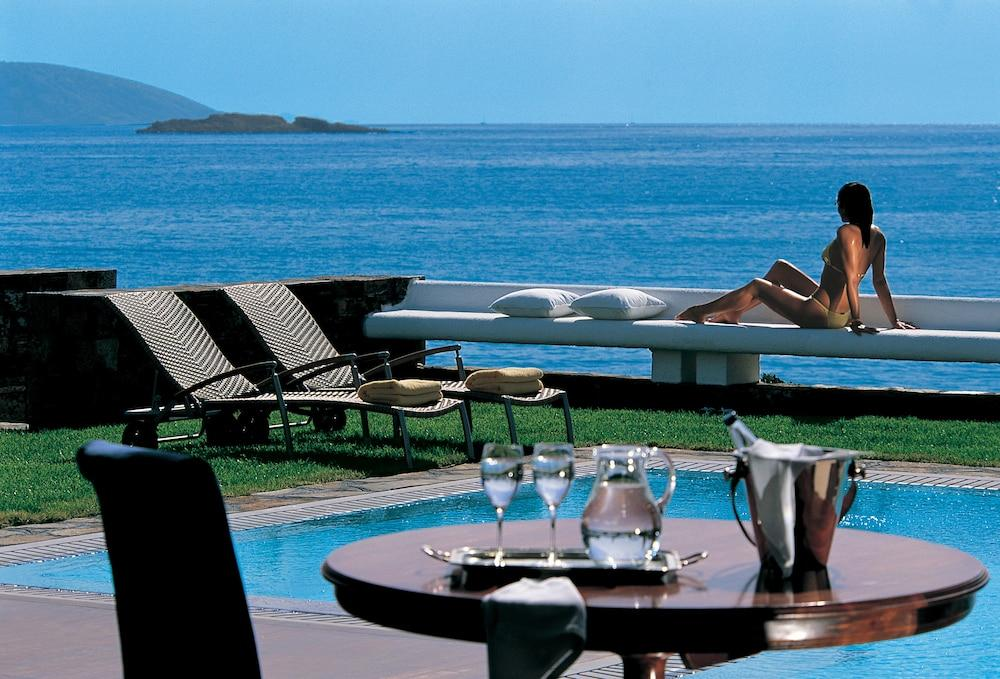 Grand Resort Lagonissi Image 12