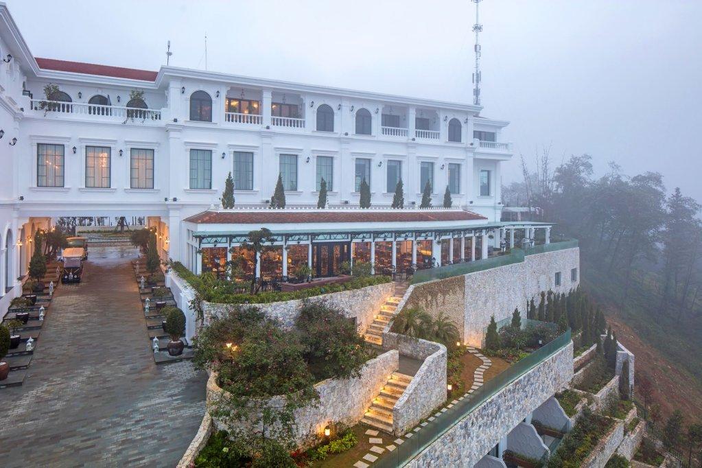 Silk Path Grand Resort & Spa, Sapa Image 16