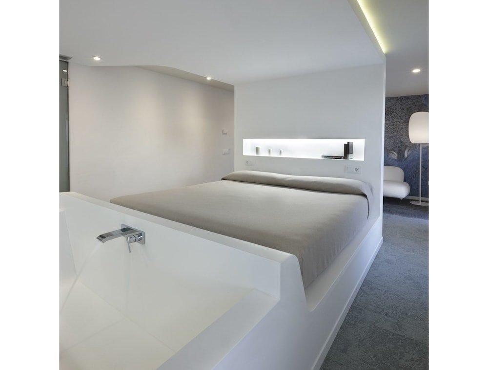 Granada Five Senses Rooms & Suites Image 9