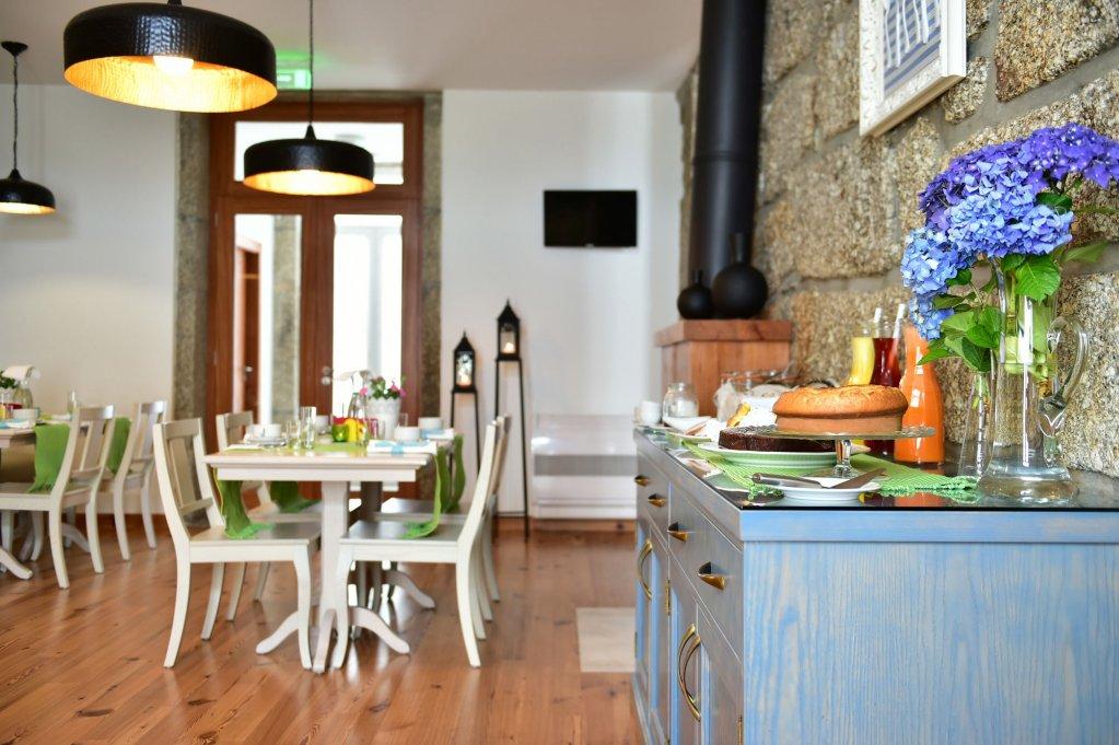 Solar Egas Moniz Charming House & Local Experiences Image 13