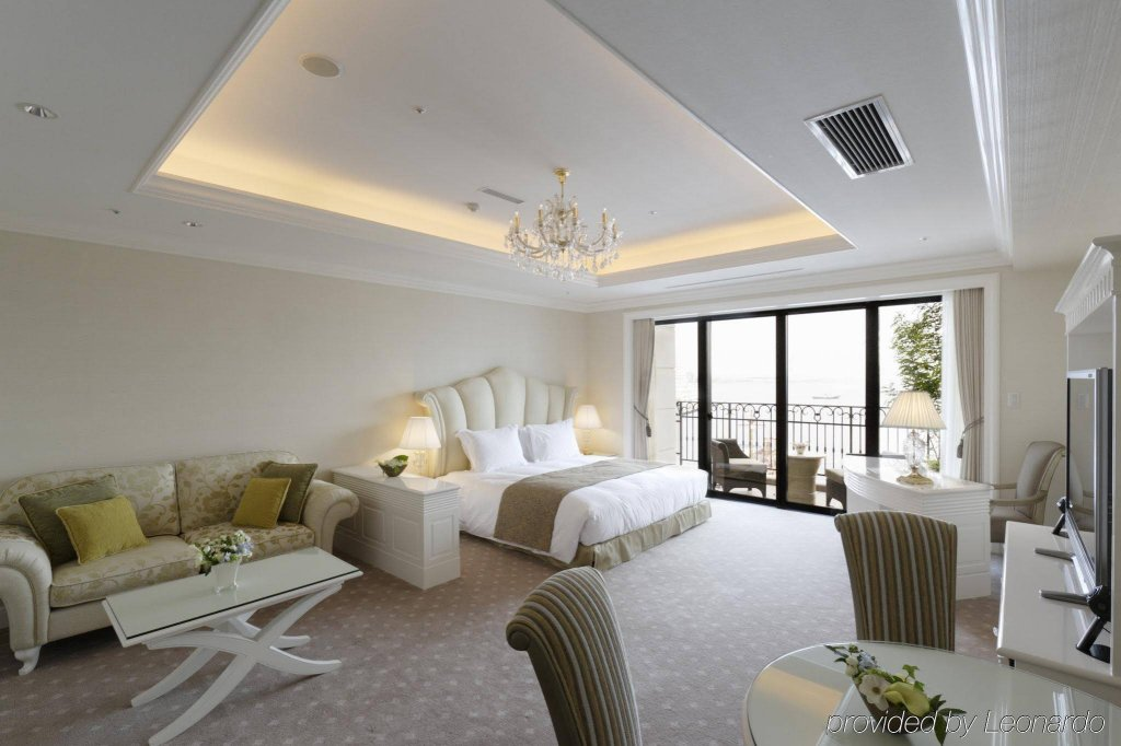 Hotel La Suite Kobe Harborland Image 1