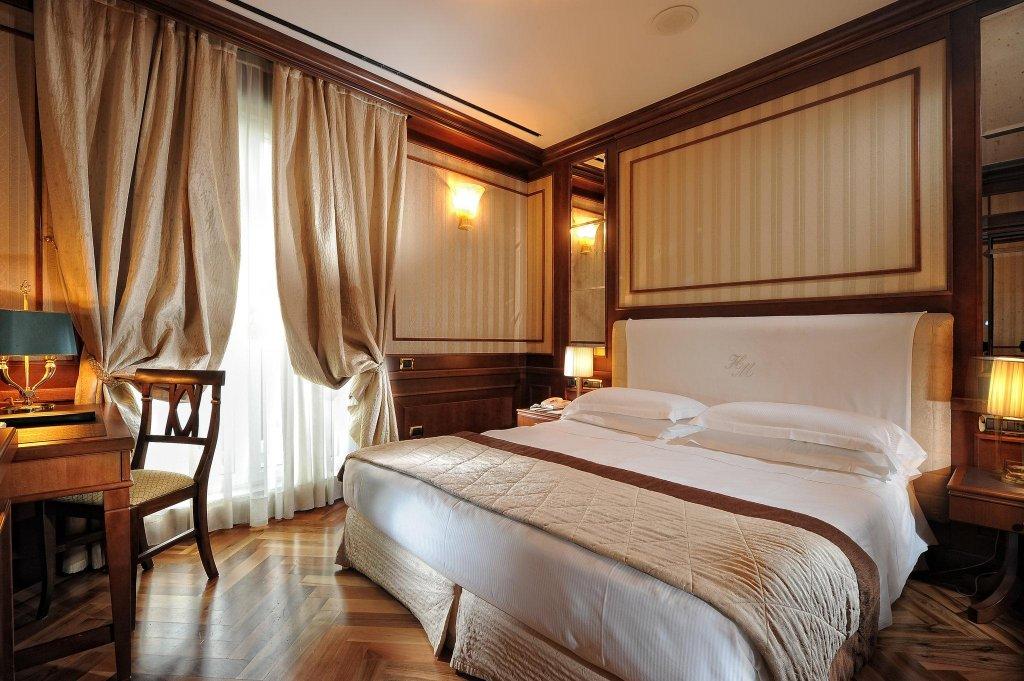 Hotel Manzoni, Milan Image 1