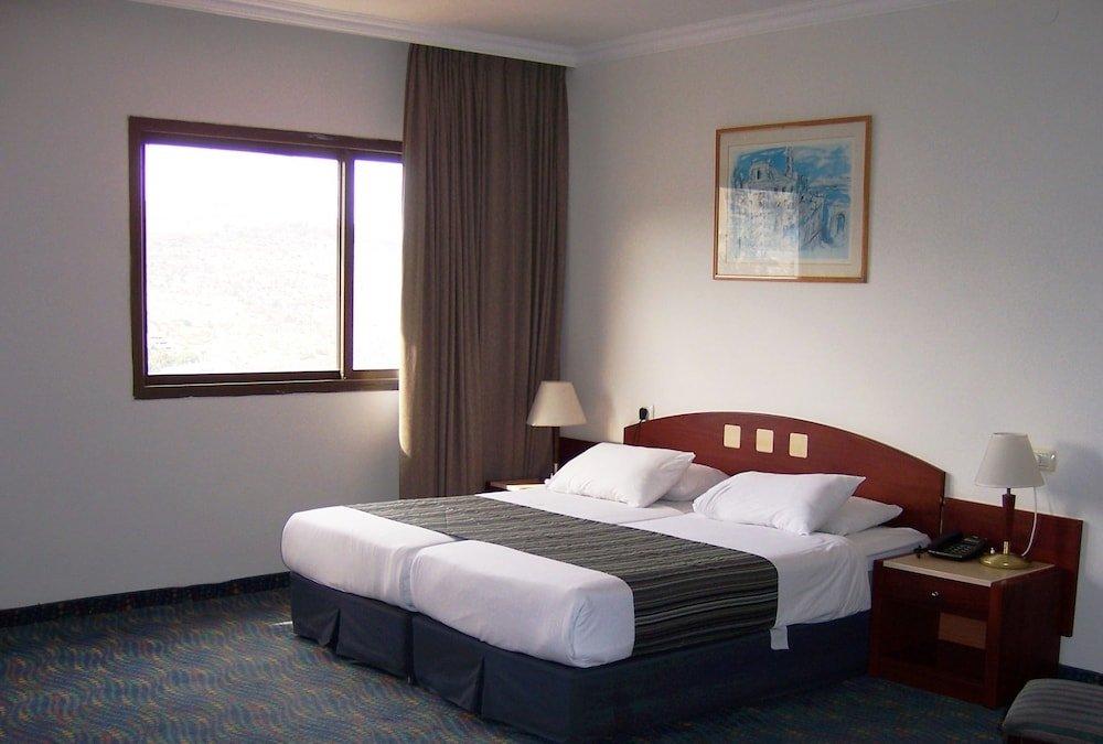 Golan Hotel Tiberias Image 4