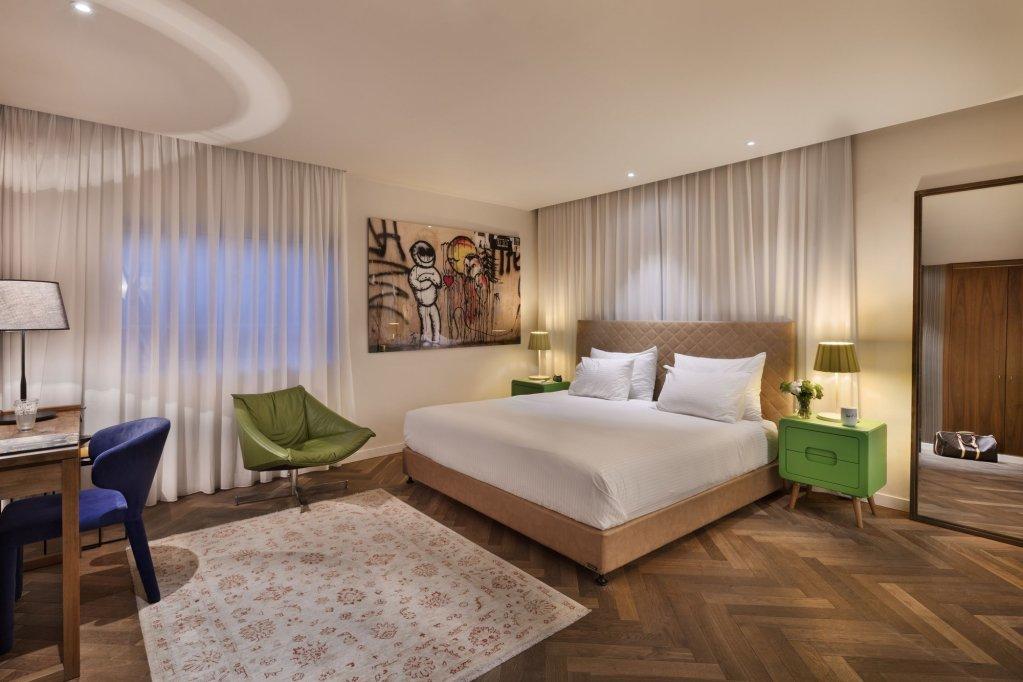 Shenkin Hotel Image 1