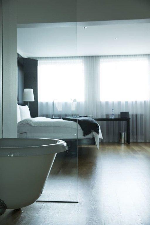 101 Hotel Image 10