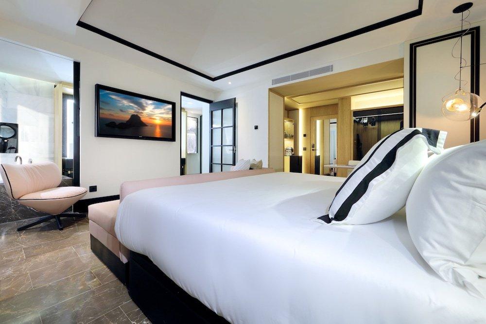 Bless Hotel Ibiza Image 37
