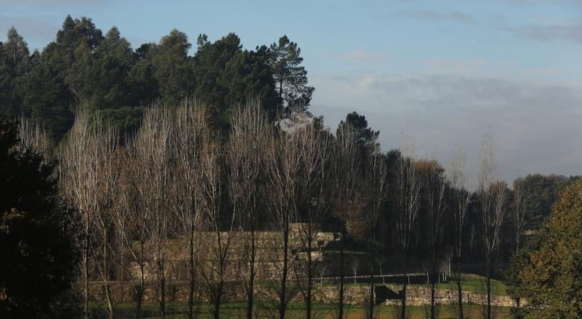 Solar Egas Moniz Charming House & Local Experiences Image 33