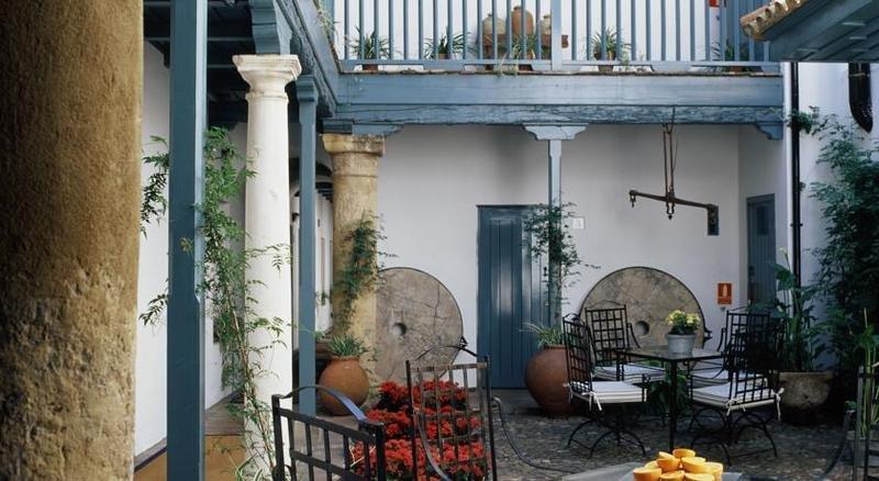 Hotel Hospes Las Casas Del Rey De Baeza Image 6