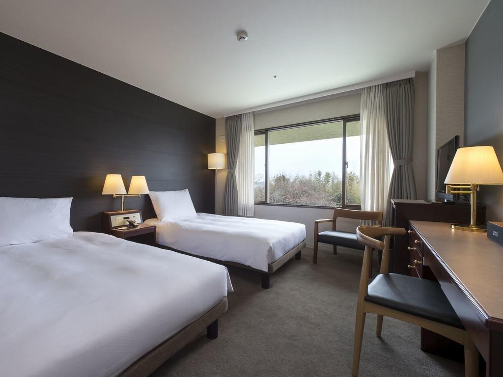 Agora Fukuoka Hilltop Hotel & Spa Image 2