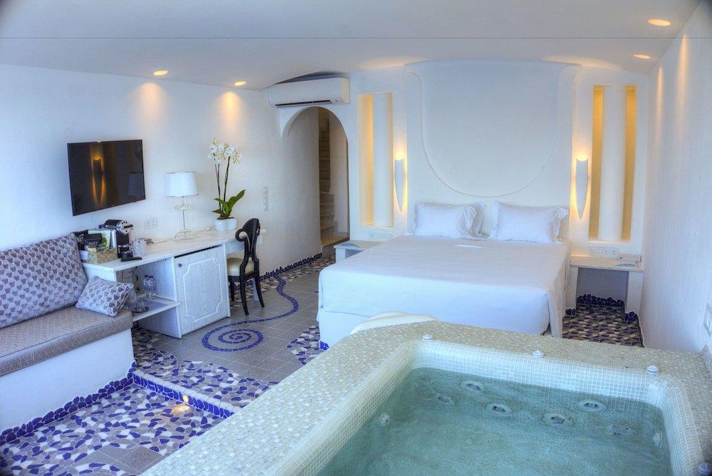 Astarte Suites, Santorini Image 5