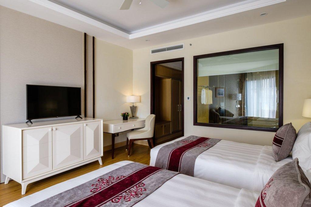 Vinpearl Resort & Spa Ha Long Image 1