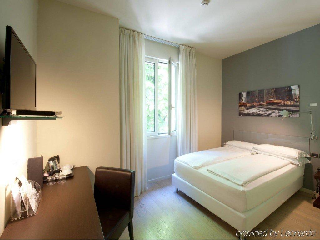 I Portici Hotel, Bologna Image 8