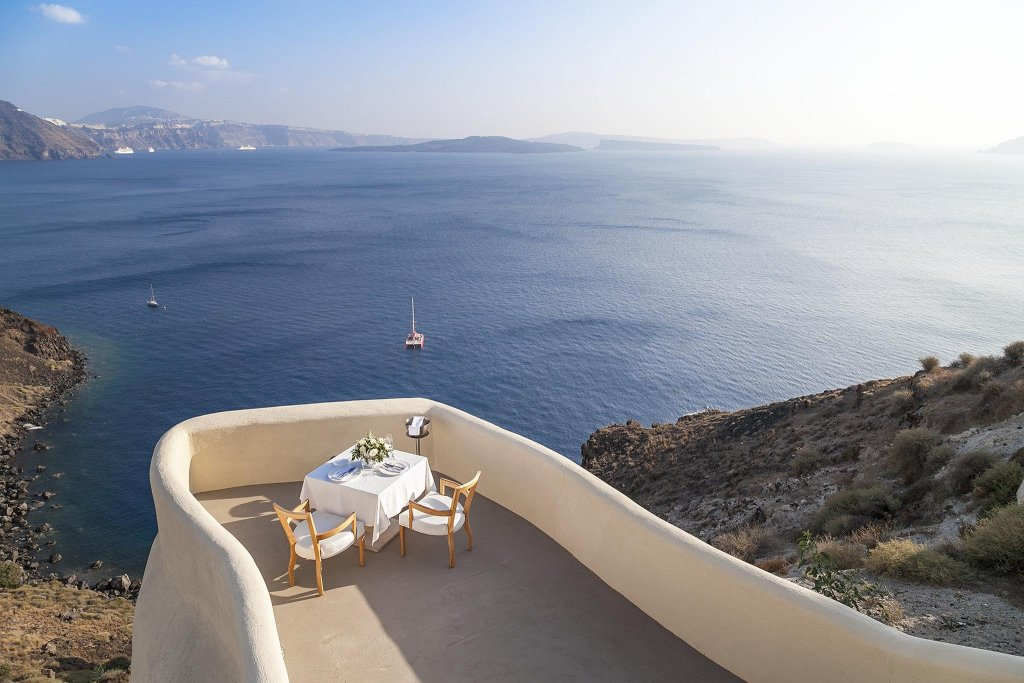 Mystique, A Luxury Collection Hotel, Santorini Image 3