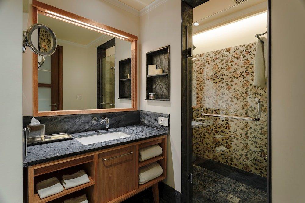 Taj Theog Resort & Spa Image 2
