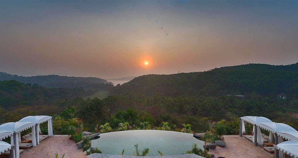 Kahani Paradise Image 9