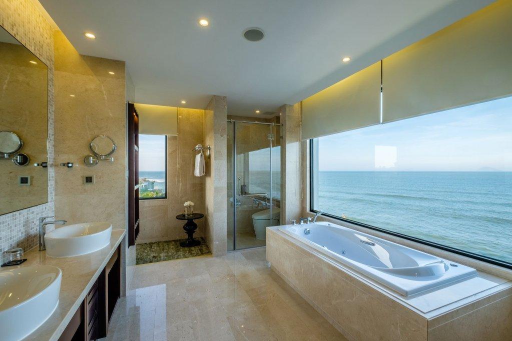 Vinpearl Resort & Spa Ha Long Image 10
