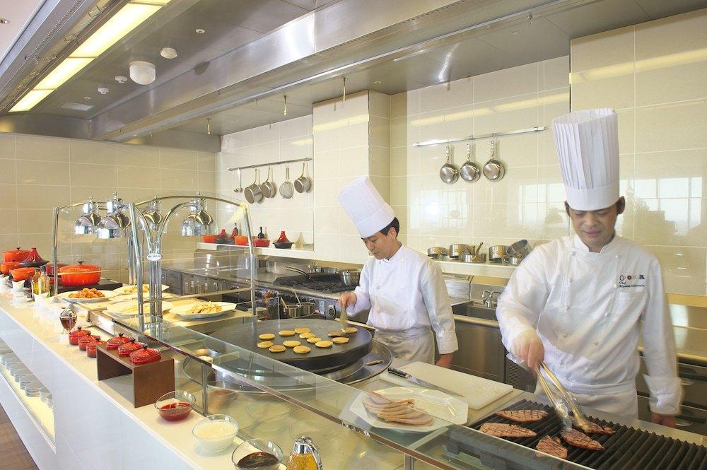 Osaka Marriott Miyako Hotel Image 34
